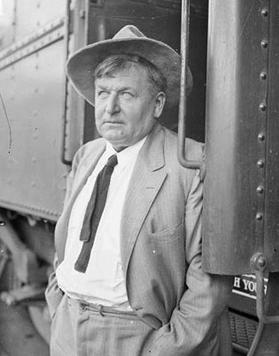 Walter_Scott_and_train,_1926